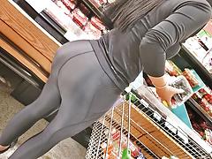 unreal spandex milf booty