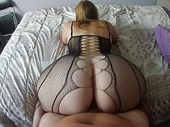 Reverse cowgirl with a milf in very sexy lingerie! Amateur!