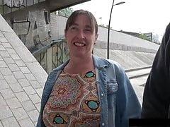 Lucie 45 ans une bonne salope mature Porn